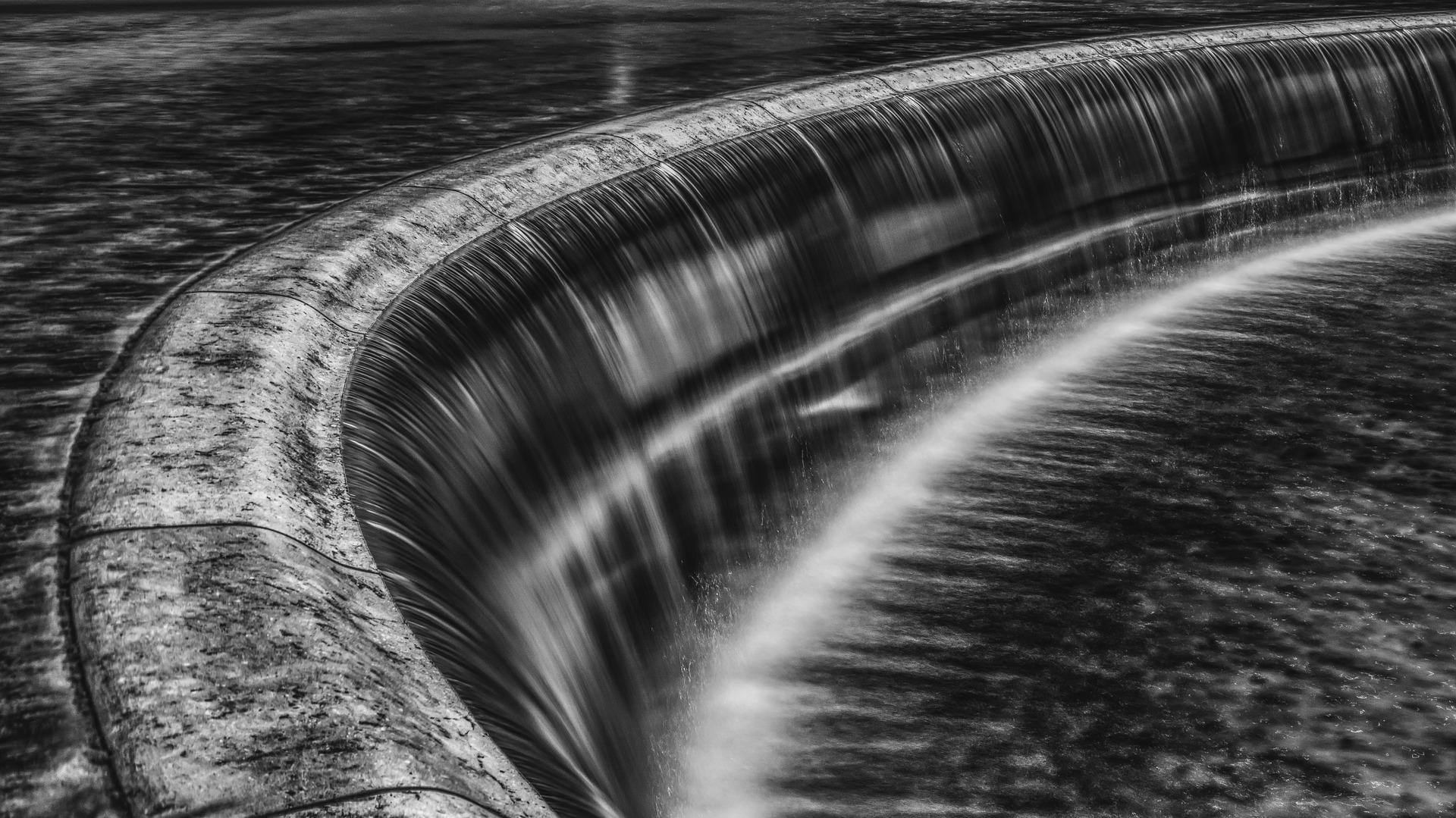 waterfall-2531194_1920